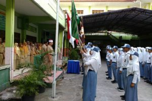 pengukuhan perngurus organisasi siswa SMK Muhammadiyah 2 Karanganyar